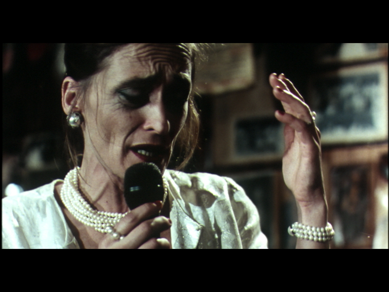 BAR (2003) / ΜΕΓΑΛΟΥ ΜΗΚΟΥΣ